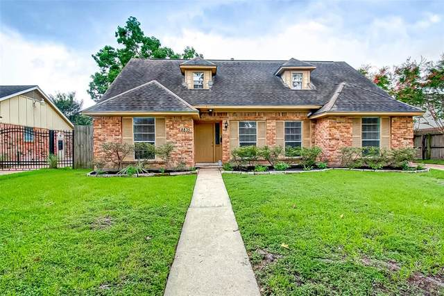 8835 Roos Road, Houston, TX 77036 (MLS #61984851) :: The SOLD by George Team