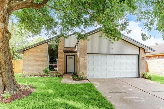 1807 Lacewing Lane, Houston, TX 77067 (MLS #62177671) :: Michele Harmon Team