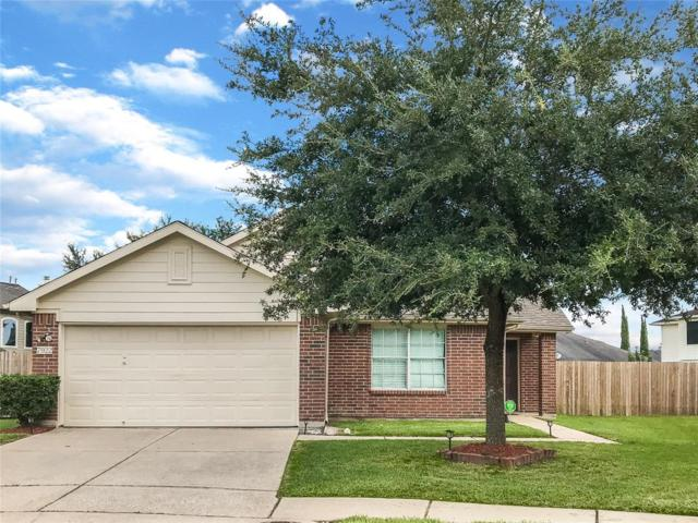 7922 Cedar View Street, Baytown, TX 77523 (MLS #62204388) :: Texas Home Shop Realty