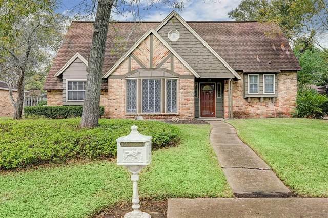 4107 Elderwood Drive, Seabrook, TX 77586 (MLS #62206446) :: Ellison Real Estate Team