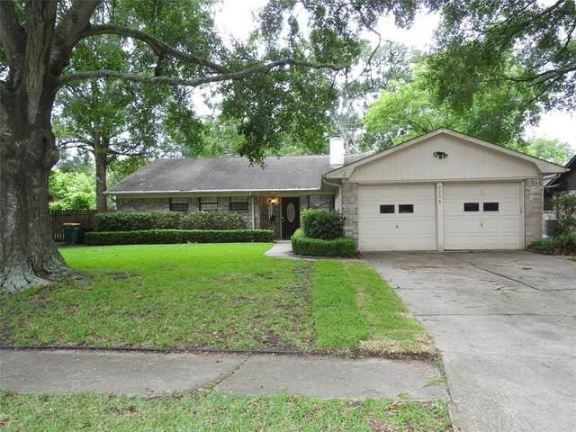 2206 Cedar Street, Pearland, TX 77581 (MLS #62233473) :: Christy Buck Team