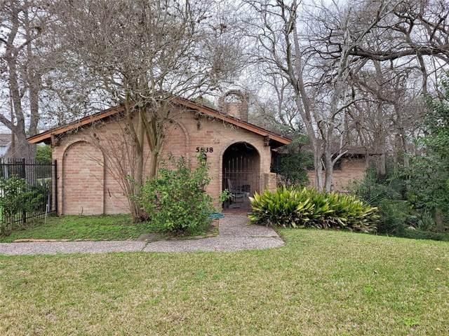 5638 N Braeswood Boulevard, Houston, TX 77096 (MLS #62319962) :: Guevara Backman