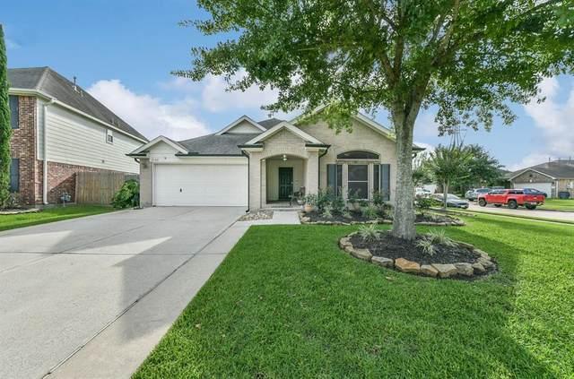 2102 Sabine Court, Deer Park, TX 77536 (MLS #62365519) :: The SOLD by George Team