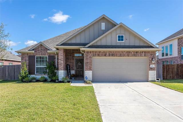 135 Brazos Drive, Baytown, TX 77523 (MLS #62386318) :: Lerner Realty Solutions