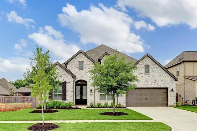 5119 Green Leaf Lane, Fulshear, TX 77441 (MLS #62400495) :: Lerner Realty Solutions