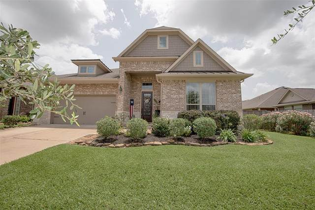 713 Timberstone Lane, Friendswood, TX 77546 (MLS #62556897) :: The SOLD by George Team