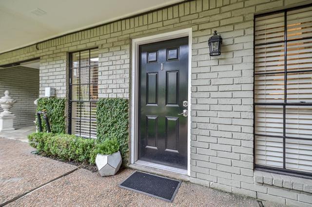 3402 Garrott Street #1, Houston, TX 77006 (MLS #62564363) :: Glenn Allen Properties