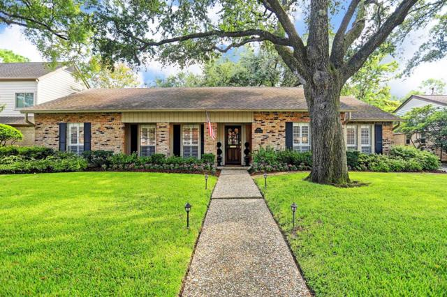 10111 Meadow Lake Lane, Houston, TX 77042 (MLS #62717076) :: The Collective Realty Group