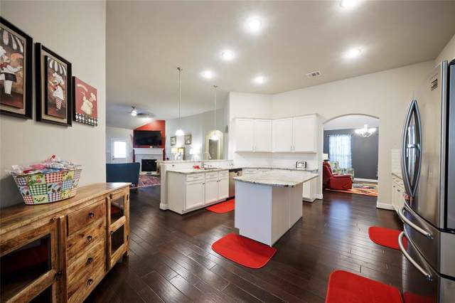 2702 Lisbon Meadows Drive, Conroe, TX 77304 (MLS #62757686) :: The Home Branch