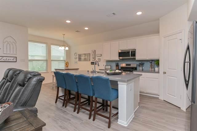 2304 Olive Forest Lane, Manvel, TX 77578 (MLS #62782059) :: Ellison Real Estate Team