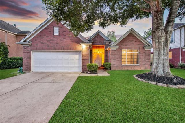 4901 Chrissie Drive, Pearland, TX 77584 (MLS #62834734) :: Giorgi Real Estate Group