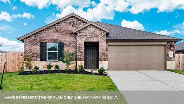 3915 Country Club Drive, Baytown, TX 77521 (MLS #62872328) :: The Freund Group