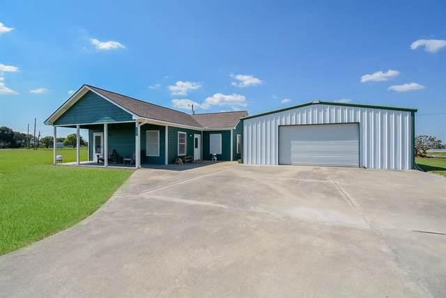106 Bayview Drive, Palacios, TX 77465 (MLS #6290825) :: Texas Home Shop Realty
