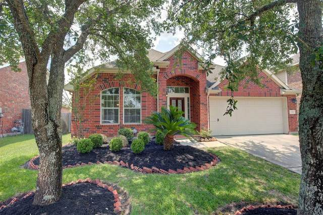 13101 Shoalwater Lane, Pearland, TX 77584 (MLS #62979110) :: The Bly Team