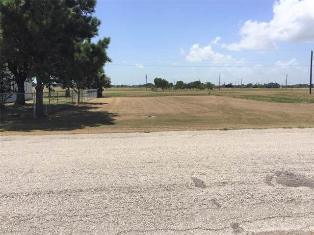 147 W Bayshore Drive, Palacios, TX 77465 (MLS #62982493) :: Texas Home Shop Realty