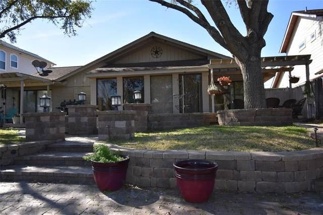 18 Harbor Lane, Kemah, TX 77565 (MLS #62994691) :: Ellison Real Estate Team