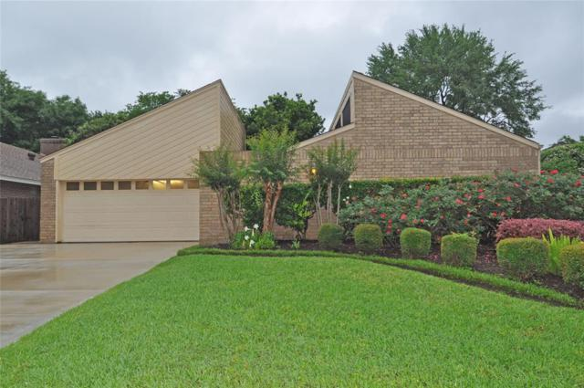 16219 Hickory Knoll Drive, Houston, TX 77059 (MLS #63038925) :: The Heyl Group at Keller Williams