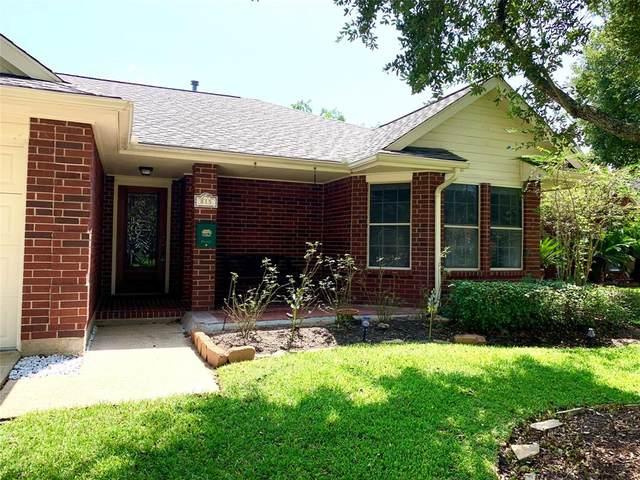 815 W Peach Hollow Circle, Pearland, TX 77584 (MLS #63148178) :: Homemax Properties