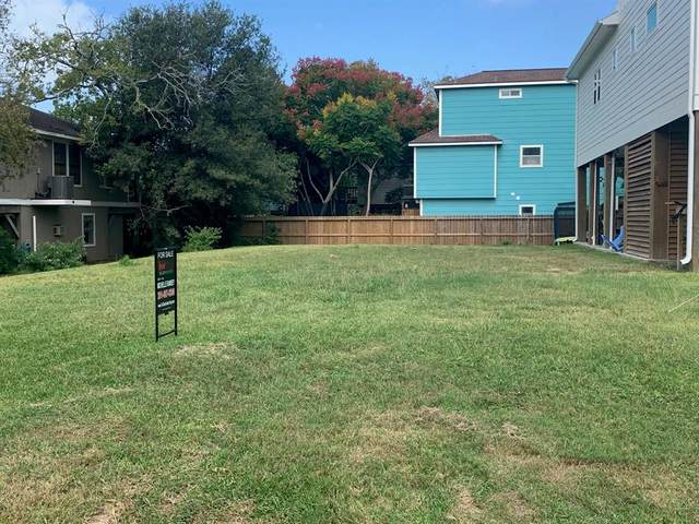 802 Forest Road, Clear Lake Shores, TX 77565 (MLS #6321286) :: The Queen Team