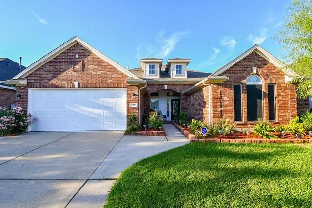 1403 Chandler Cove, Pasadena, TX 77504 (MLS #63263772) :: Texas Home Shop Realty