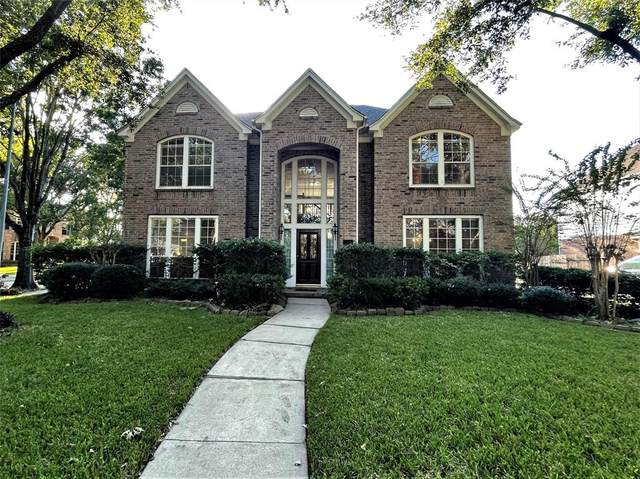 16907 Cottonwood Way, Houston, TX 77059 (MLS #63285162) :: All Cities USA Realty