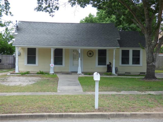 305 Cemetery Avenue, Eagle Lake, TX 77434 (MLS #63362707) :: Christy Buck Team