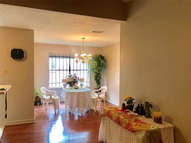 3414 Creek Grove Drive, Houston, TX 77066 (MLS #63404173) :: Texas Home Shop Realty