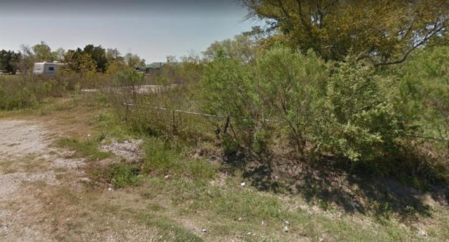 644 Troy Street, Anahuac, TX 77514 (MLS #63417765) :: NewHomePrograms.com LLC
