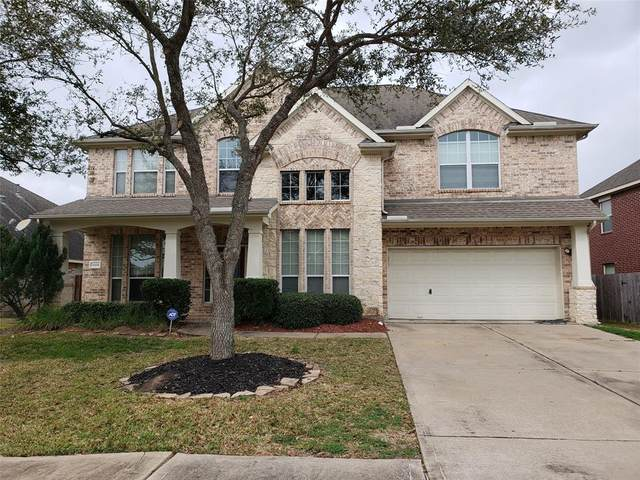 12401 Coral Cove Court, Pearland, TX 77584 (MLS #63466200) :: The Sansone Group