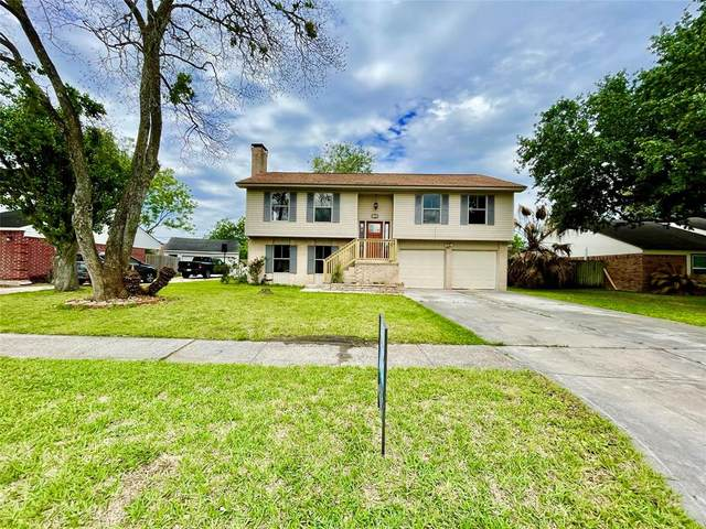 433 E Castle Harbour Drive, Friendswood, TX 77546 (MLS #63477073) :: Giorgi Real Estate Group