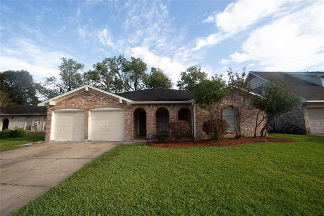 12810 W Club Lane, Houston, TX 77099 (MLS #63504053) :: Lerner Realty Solutions