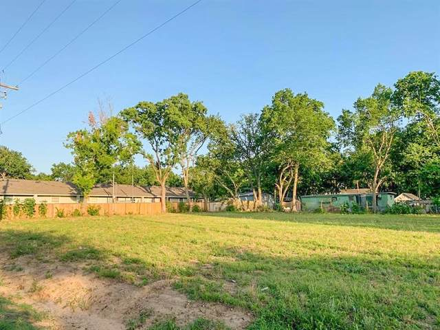 2711 Bois D Arc, Waller, TX 77484 (MLS #63570955) :: The Andrea Curran Team powered by Styled Real Estate