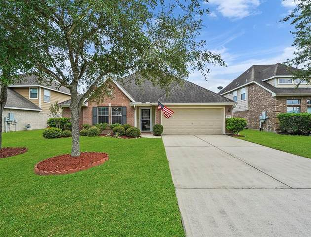 2711 Quail Dove Lane, League City, TX 77573 (MLS #63618942) :: Green Residential