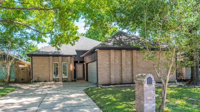 2834 Crest Park Drive, Houston, TX 77082 (MLS #63630979) :: The SOLD by George Team