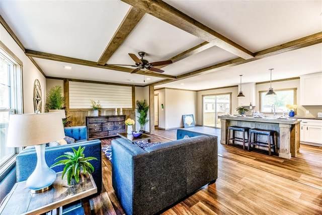 324 W Lone Oak Road, Onalaska, TX 77360 (MLS #63700015) :: Caskey Realty