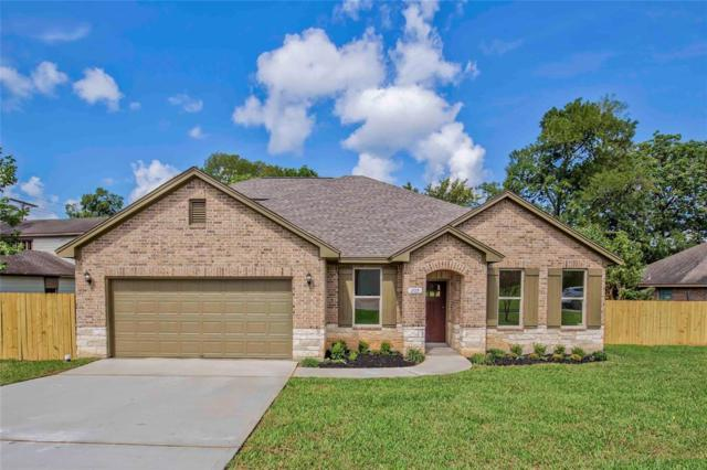 205 Kings Point Street, Montgomery, TX 77356 (MLS #63717581) :: Texas Home Shop Realty