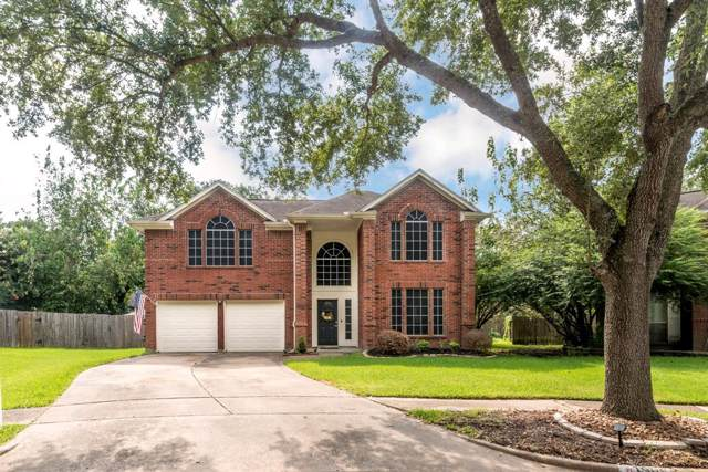 1905 Endeavor Court, Seabrook, TX 77586 (MLS #63754245) :: The SOLD by George Team