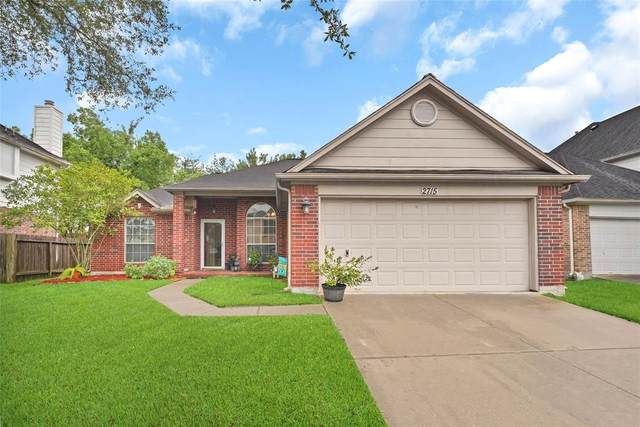 2715 Port Carissa Drive, Friendswood, TX 77546 (MLS #63838658) :: The SOLD by George Team