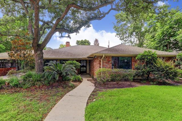 5026 Glenmeadow Drive, Houston, TX 77096 (MLS #64027565) :: Krueger Real Estate