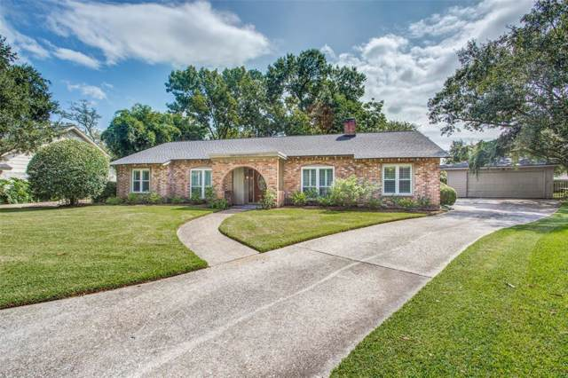 4018 Rolling Green Drive, Taylor Lake Village, TX 77586 (MLS #64151620) :: The Bly Team