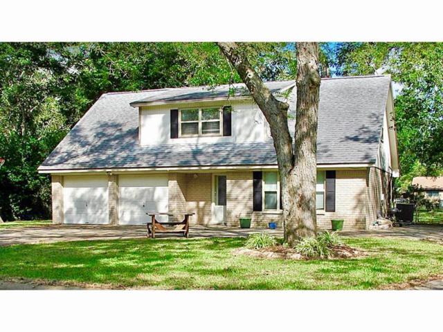 101 Gladiola St Street, Lake Jackson, TX 77566 (MLS #64210339) :: The SOLD by George Team