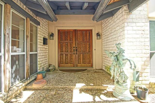 5731 Birdwood Road, Houston, TX 77096 (MLS #64250353) :: The SOLD by George Team