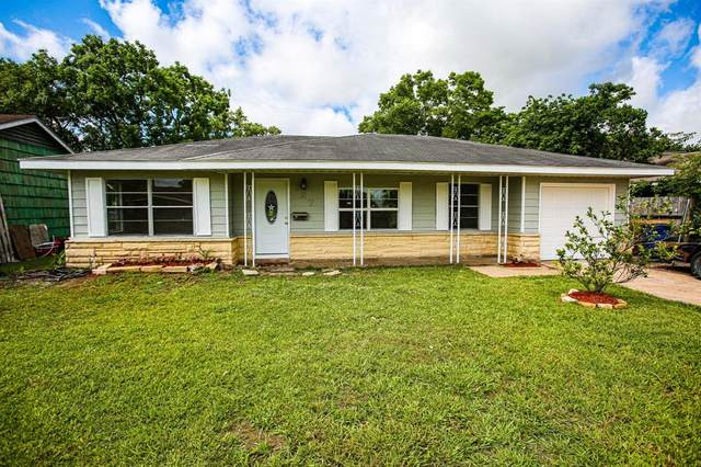 727 W 9th Street, Freeport, TX 77541 (MLS #64286217) :: The SOLD by George Team