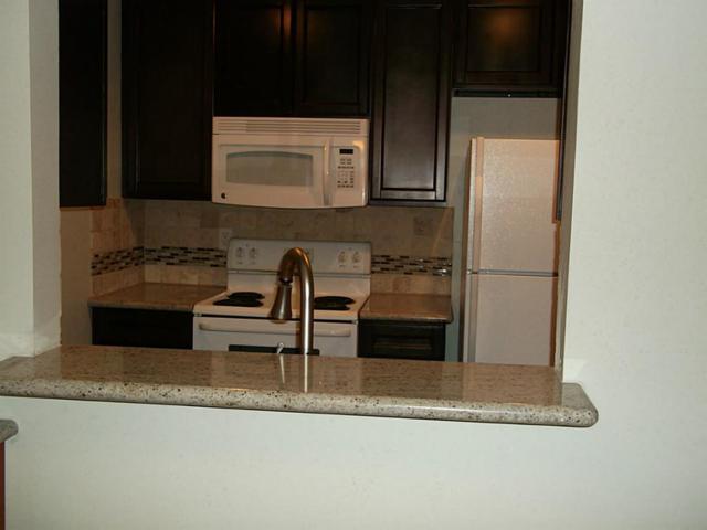 9007 Gaylord Drive #30, Houston, TX 77024 (MLS #64311342) :: Krueger Real Estate