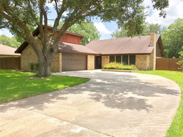 2 Holly Lane, Bay City, TX 77414 (MLS #64335705) :: King Realty