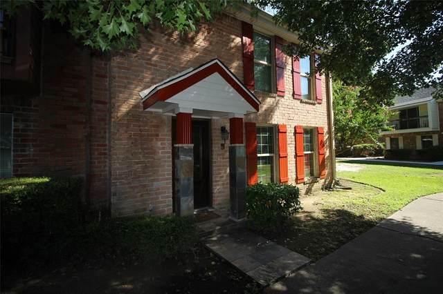 3201 Briar Courts #2, Baytown, TX 77521 (MLS #6440741) :: Homemax Properties