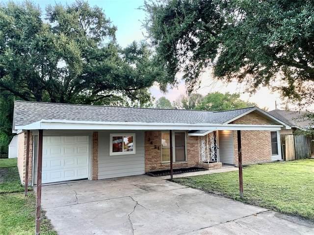 2421 Pickerton Drive, Deer Park, TX 77536 (MLS #64425700) :: The Wendy Sherman Team