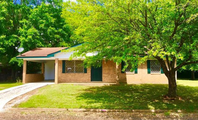 118 Meadow Lane, Crockett, TX 75835 (MLS #64467335) :: The Sold By Valdez Team