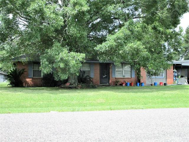 923 County Road 737A, Alvin, TX 77511 (MLS #64667618) :: The SOLD by George Team