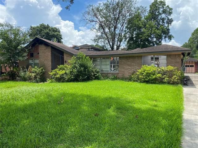 4319 Waynesboro Drive, Houston, TX 77035 (MLS #64807710) :: My BCS Home Real Estate Group